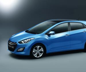 Hyundai i30 blue photo 5