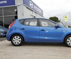 Hyundai i30 blue photo 8
