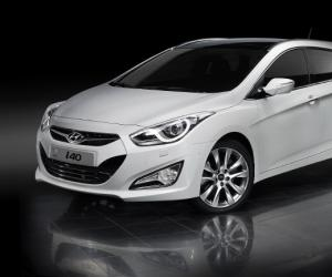 Hyundai i40cw photo 9