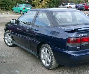 Hyundai S-Coupé photo 2
