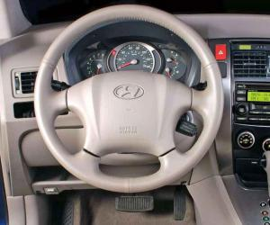 Hyundai Tucson 2.0 CRDi photo 8
