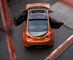 Hyundai Veloster photo 1
