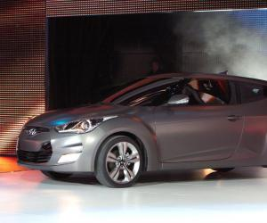 Hyundai Veloster photo 4