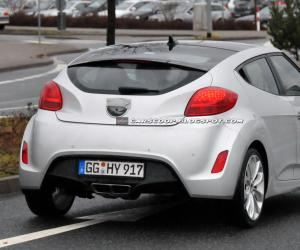 Hyundai Veloster photo 9