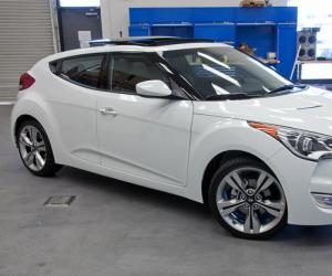 Hyundai Veloster photo 10