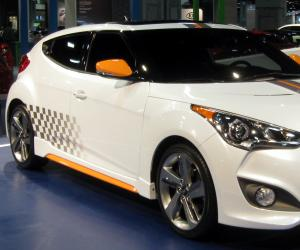 Hyundai Veloster Turbo photo 1