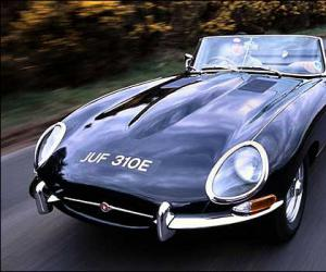 Jaguar E-Type photo 8