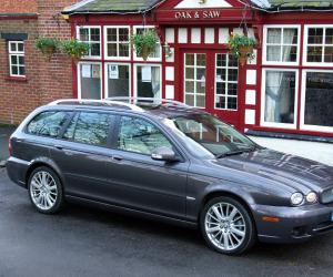 Jaguar X-Type Estate photo 2