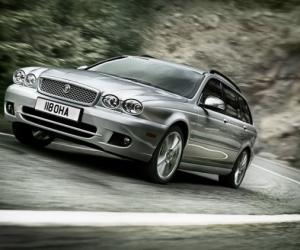Jaguar X-Type Estate photo 8