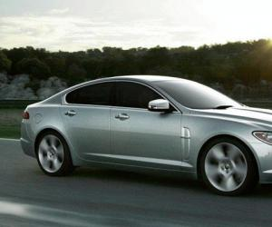 Jaguar XF photo 4