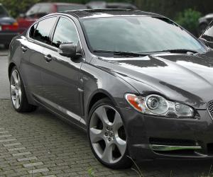 Jaguar XF photo 9