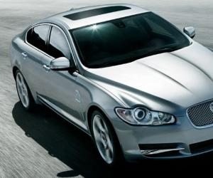 Jaguar XF 4.2 SV8 photo 1