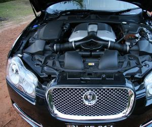 Jaguar XF 4.2 SV8 photo 5