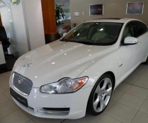 Jaguar XF 4.2 SV8 photo 9