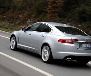 Jaguar XF 4.2 SV8 photo 10