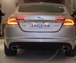 Jaguar XF 4.2 SV8 photo 11