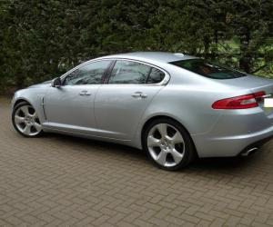Jaguar XF 4.2 SV8 photo 13
