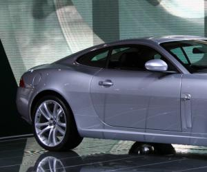Jaguar XK photo 4