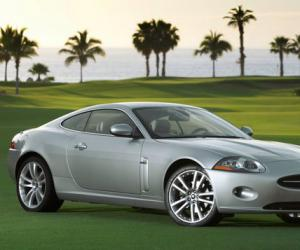 Jaguar XK photo 9