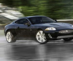 Jaguar XK photo 14