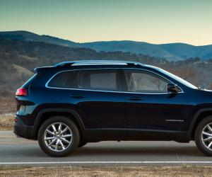 Jeep Cherokee photo 16