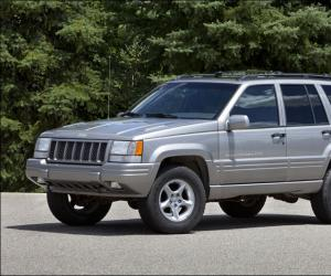 Jeep Cherokee photo 17
