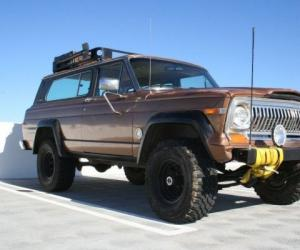 Jeep Cherokee Chief photo 3