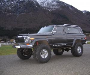 Jeep Cherokee Chief photo 5