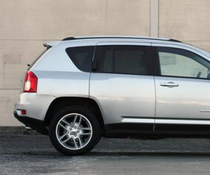 Jeep Compass photo 3