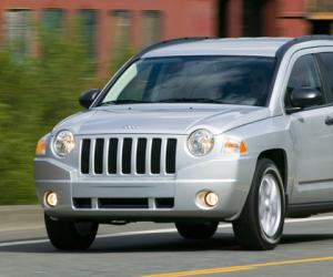 Jeep Compass photo 8
