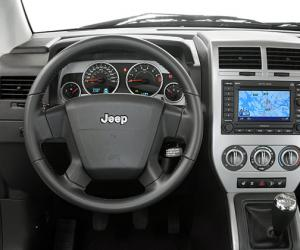Jeep Compass 2.4 Sport photo 17