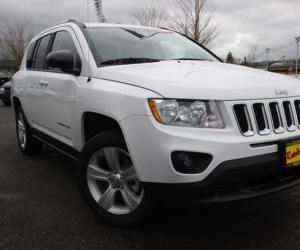Jeep Compass 2.4 Sport photo 19