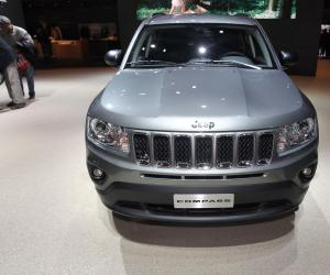 Jeep Compass Overland photo 1