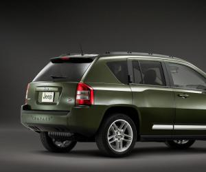 Jeep Compass Overland photo 4