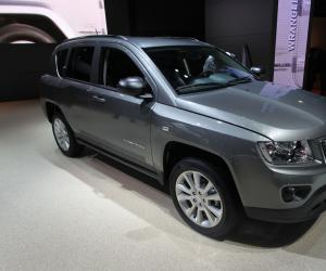 Jeep Compass Overland photo 8
