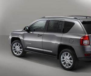 Jeep Compass Overland photo 9