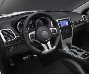 Jeep Compass Overland photo 13