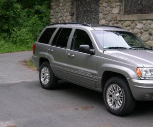 Jeep Grand Cherokee photo 1