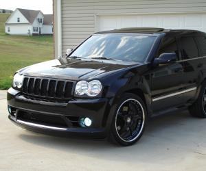 Jeep Grand Cherokee photo 9