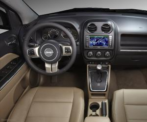Jeep Grand Cherokee photo 12