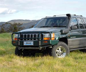 Jeep Grand Cherokee ZJ photo 3