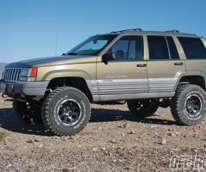 Jeep Grand Cherokee ZJ photo 9