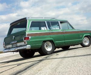 Jeep Wagoneer photo 9