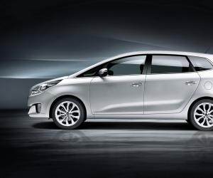 Kia Carens photo 1