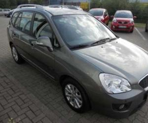 Kia Carens 2.0 CRDi photo 6