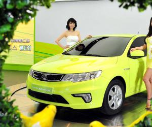 Kia Forte LPI Hybrid photo 8