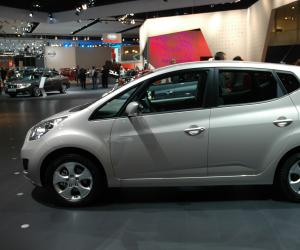 Kia Venga photo 9