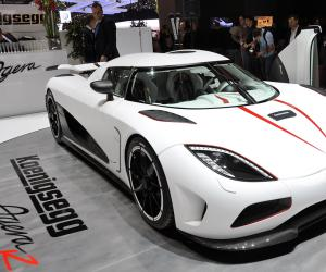 Koenigsegg Agera photo 6