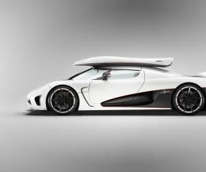 Koenigsegg Agera photo 11