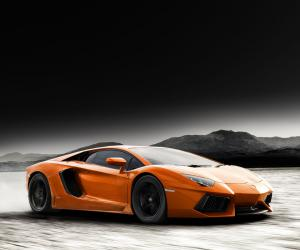 Lamborghini Aventador photo 1